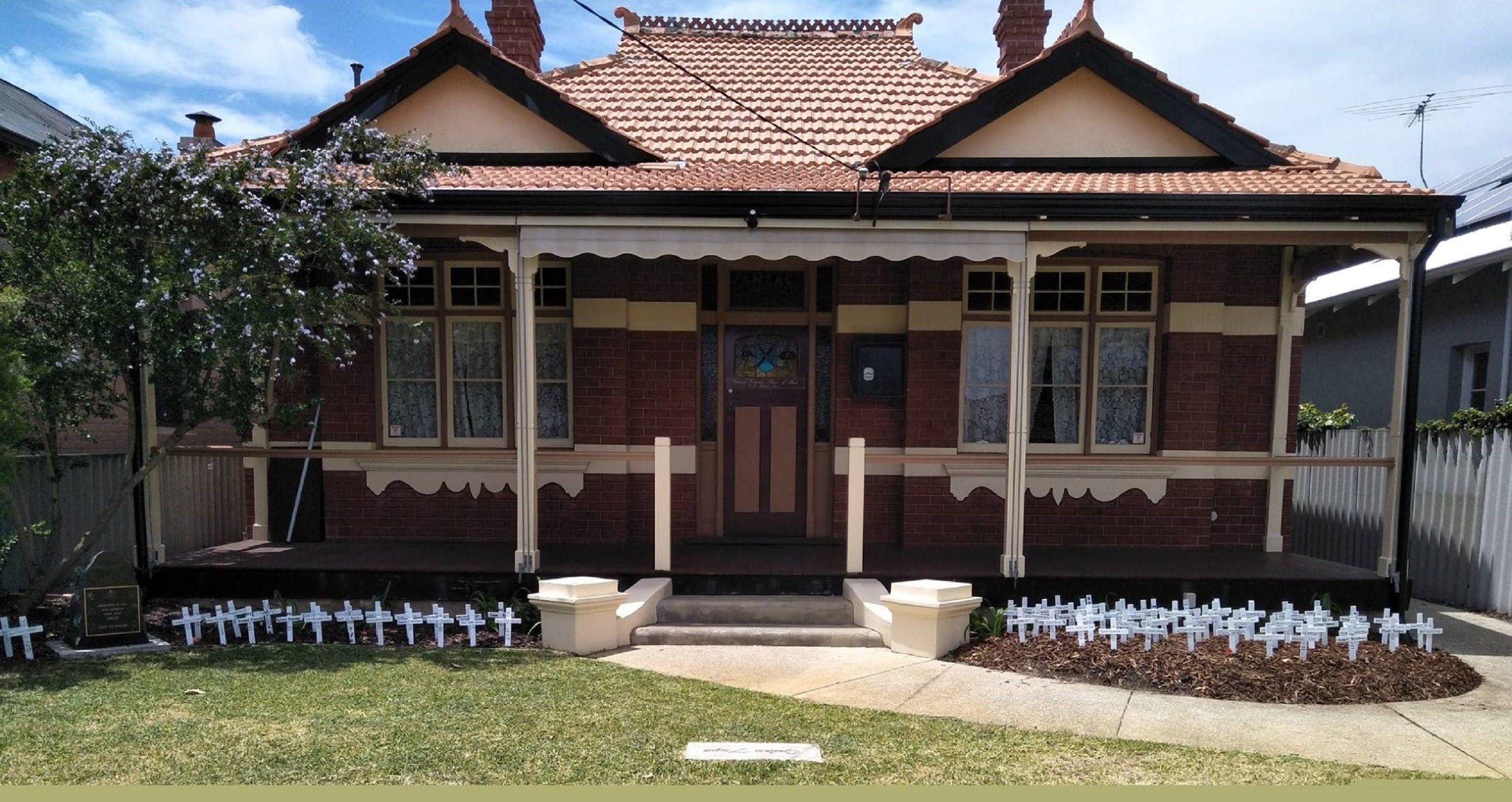 ANZAC Cottage - Wagga Wagga Accommodation