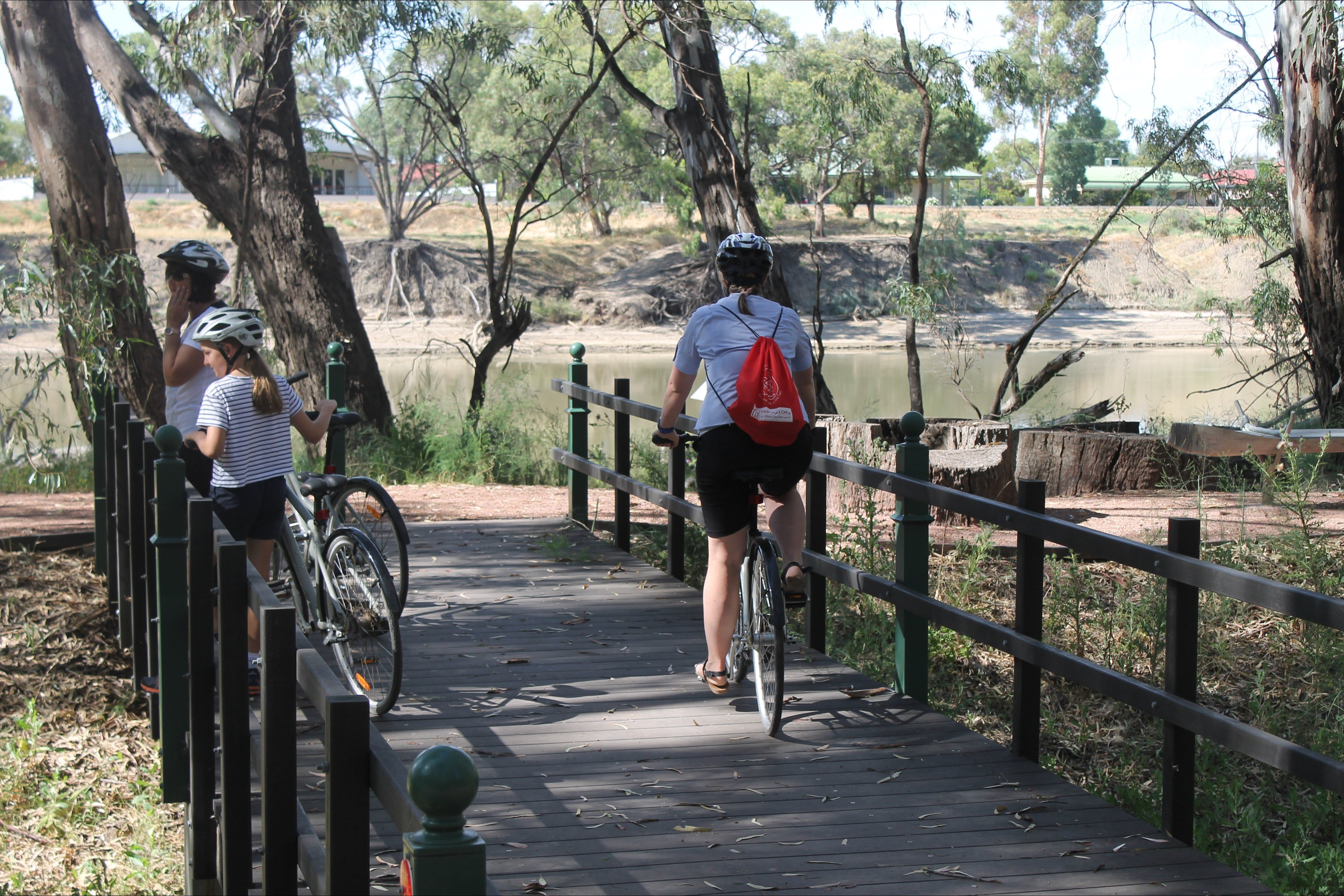 Bidgee Riverside Trail  - Hay Nature Walk - Wagga Wagga Accommodation