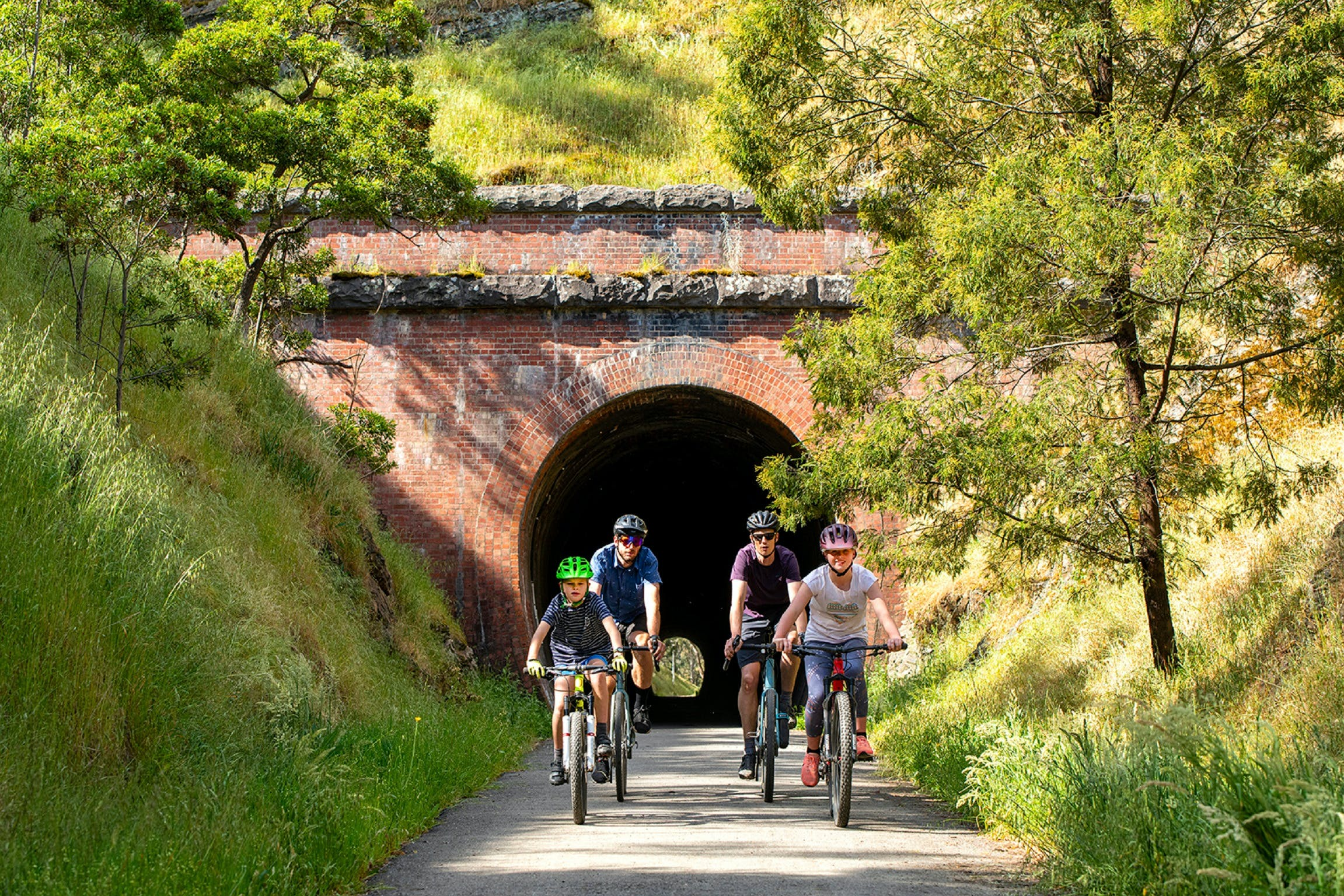 Cheviot Tunnel - Wagga Wagga Accommodation