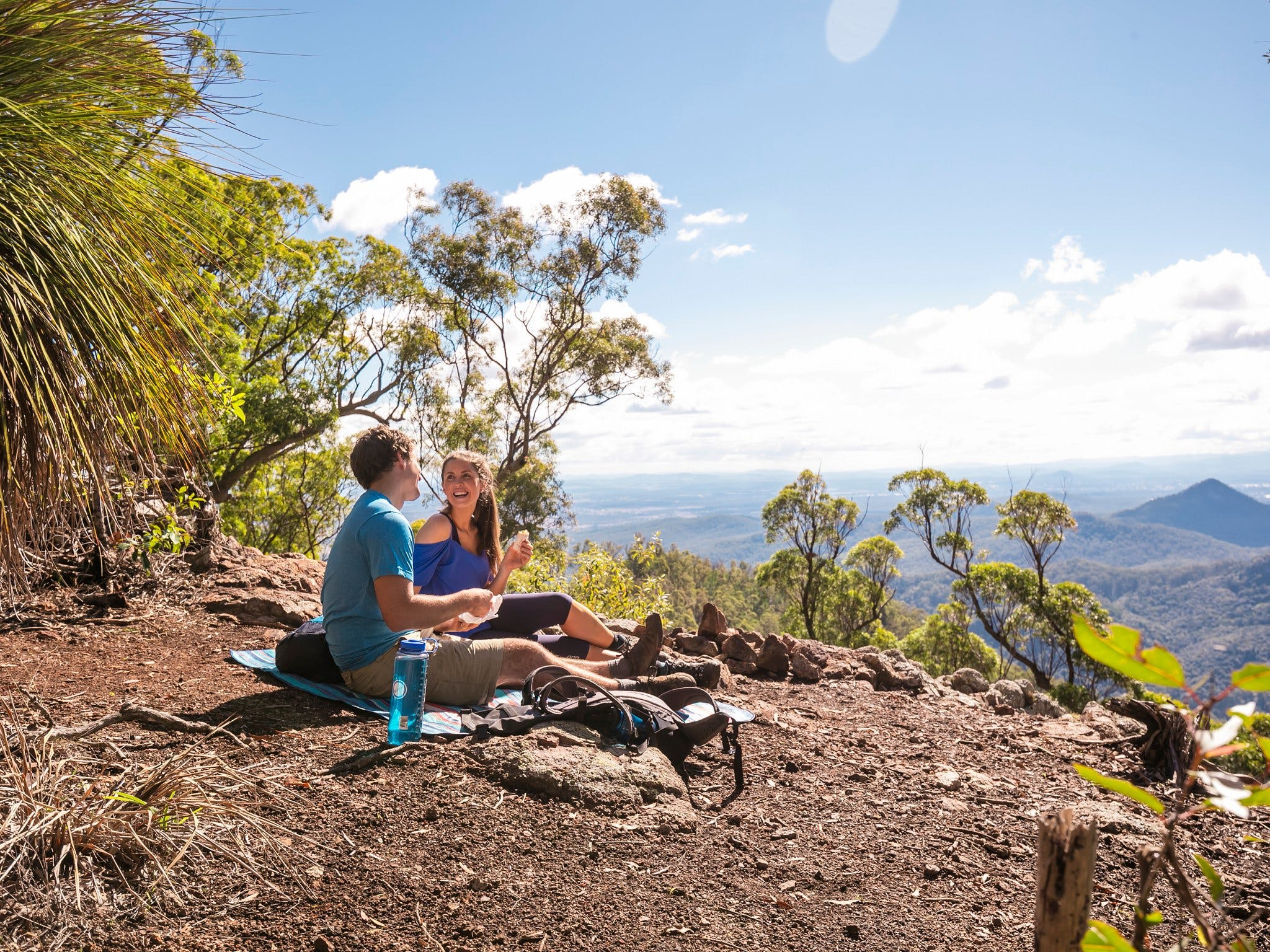 Goolman Lookout via Rocky Knoll Lookout Trail - Wagga Wagga Accommodation