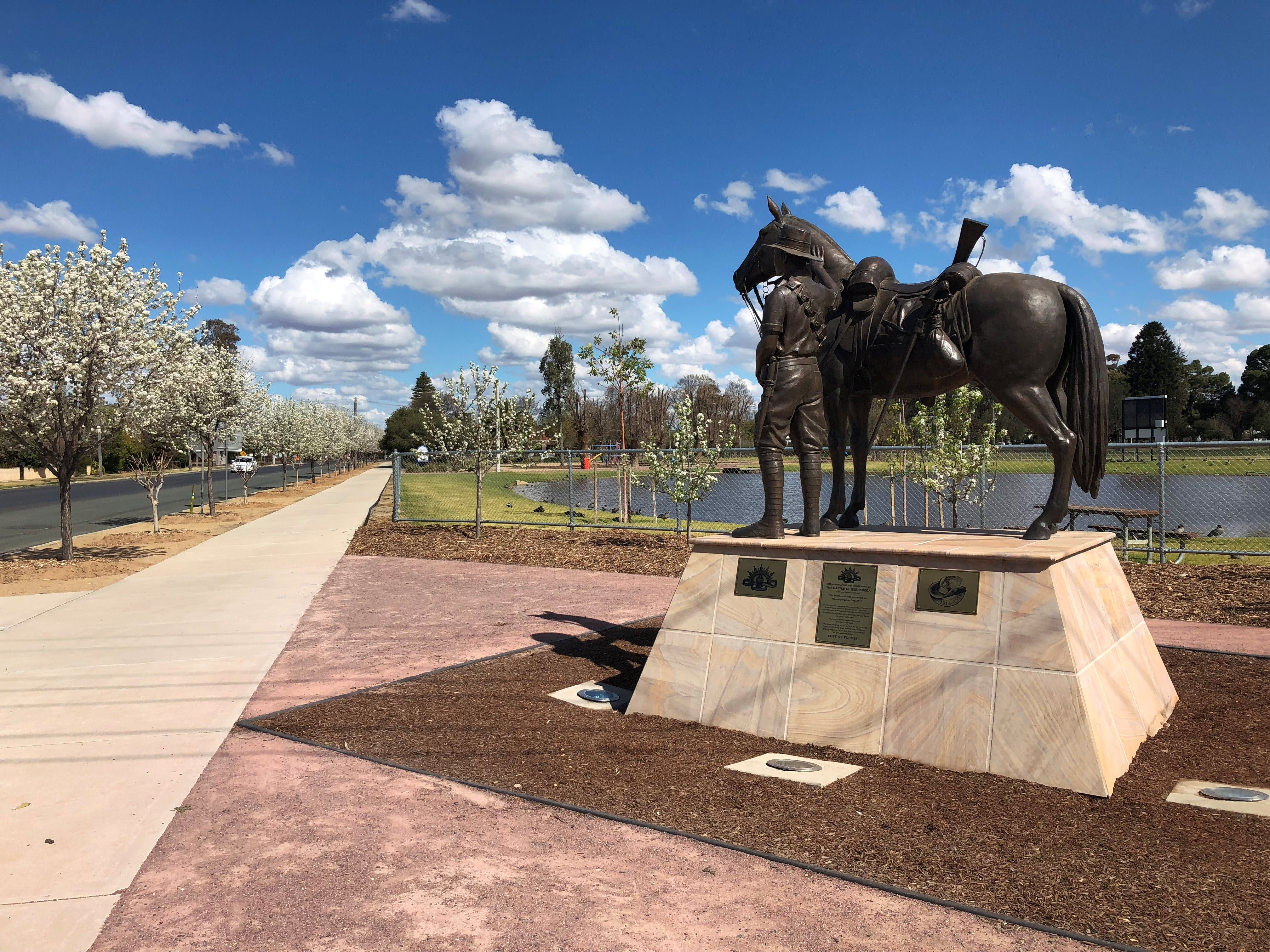 Light Horse Memorial Hay - Wagga Wagga Accommodation