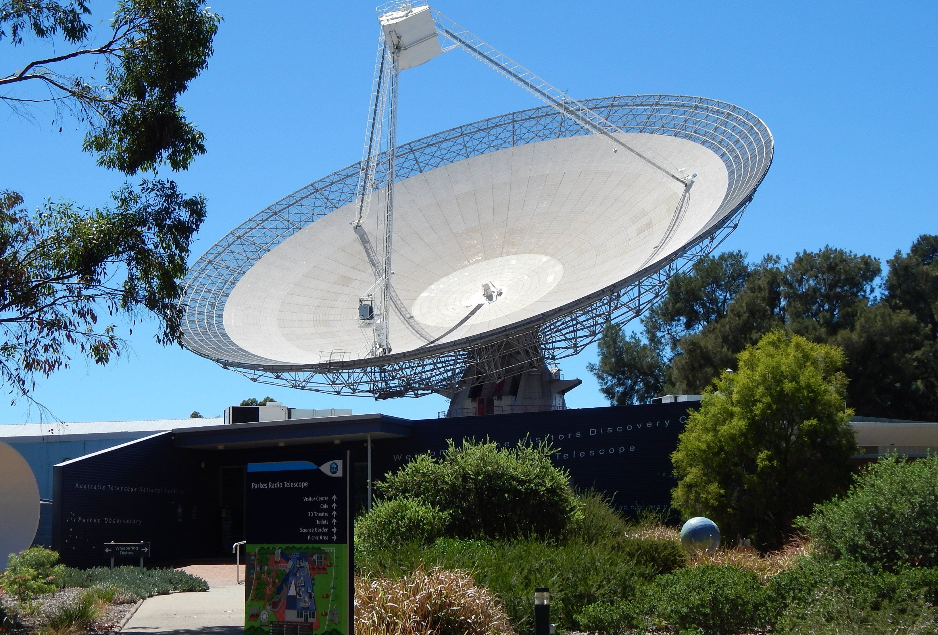 CSIRO Parkes Radio Telescope Visitor Centre - Wagga Wagga Accommodation