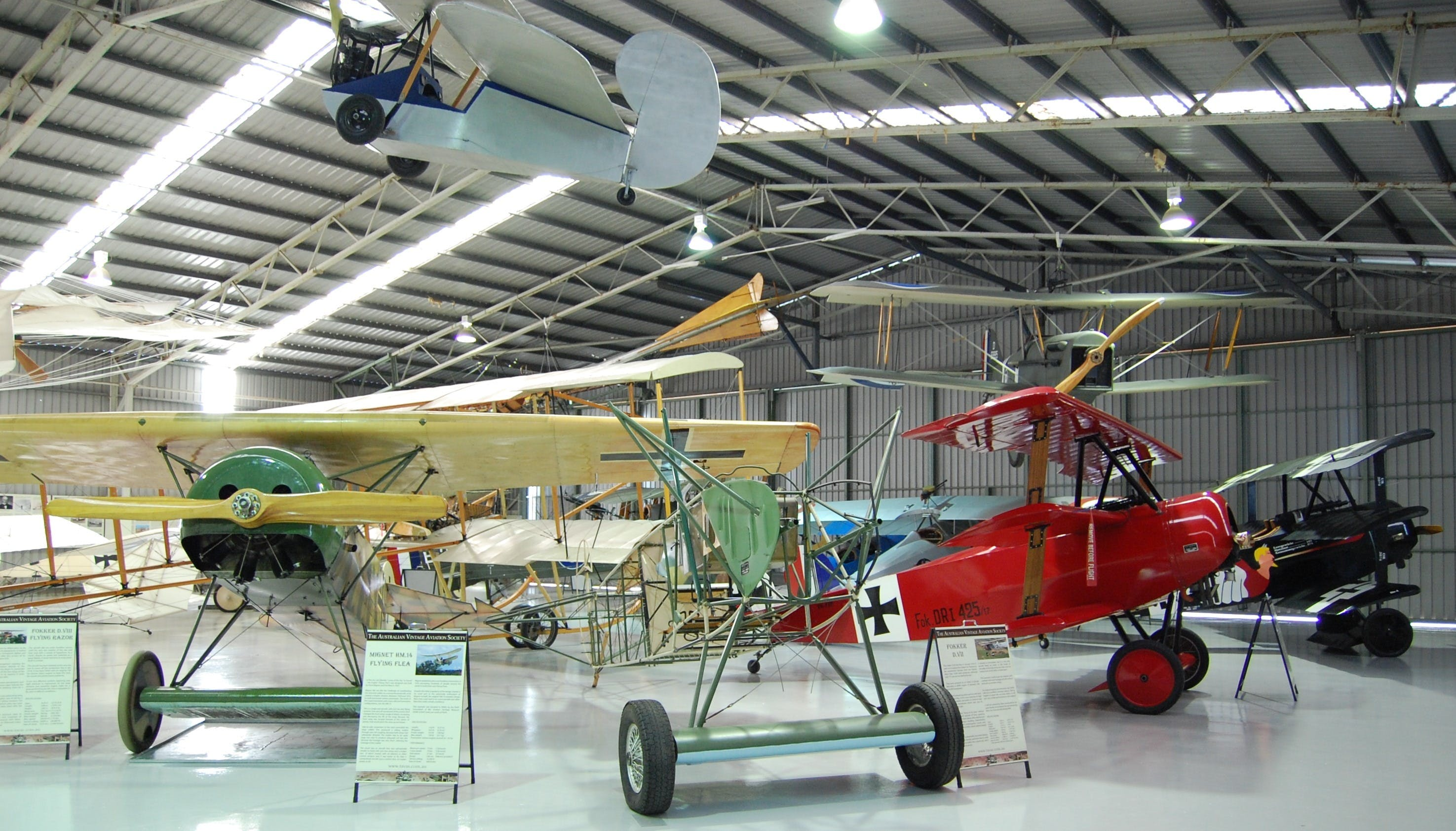 The Australian Vintage Aviation Society Museum - Wagga Wagga Accommodation