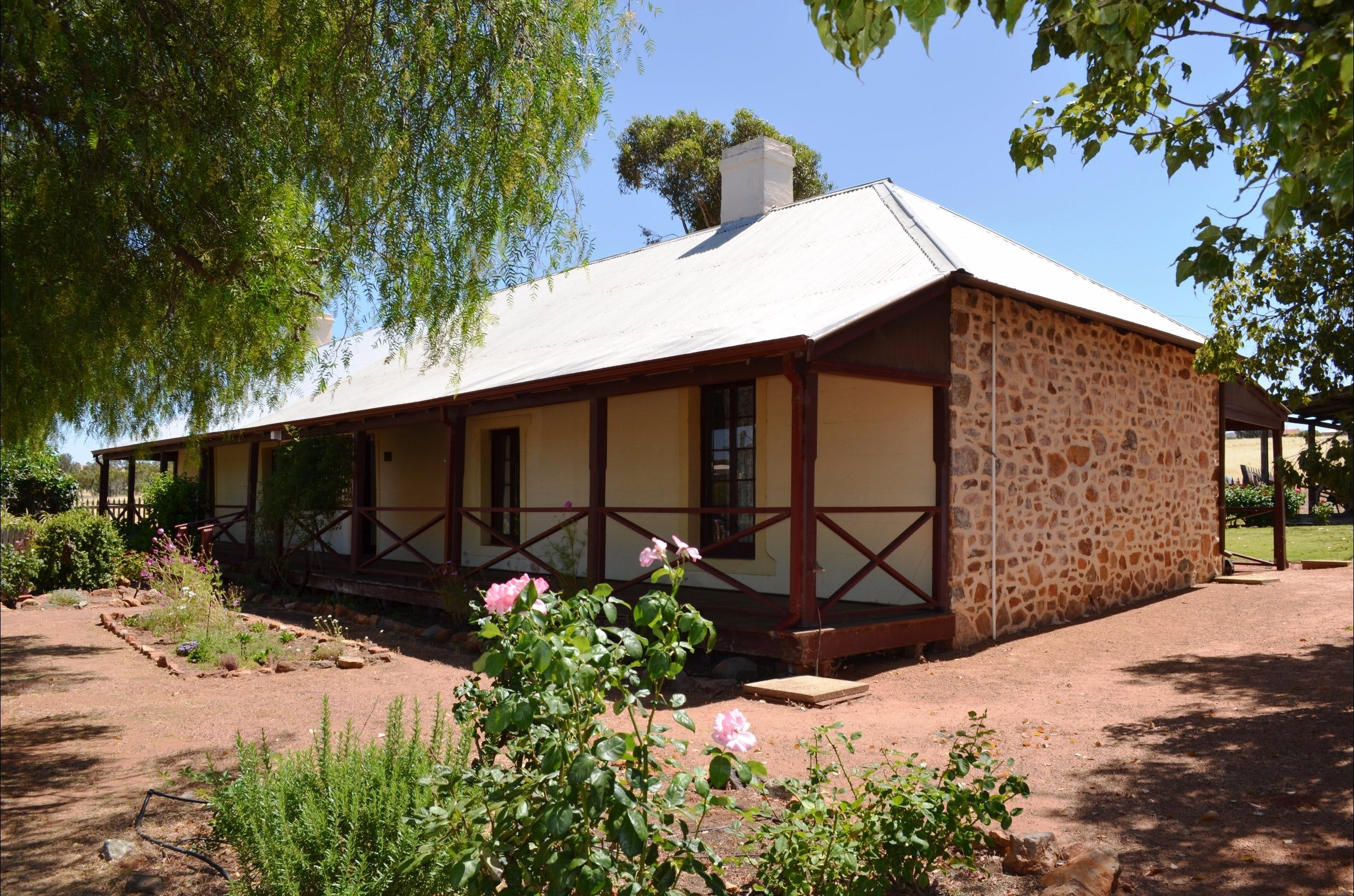Morby Cottage - Wagga Wagga Accommodation