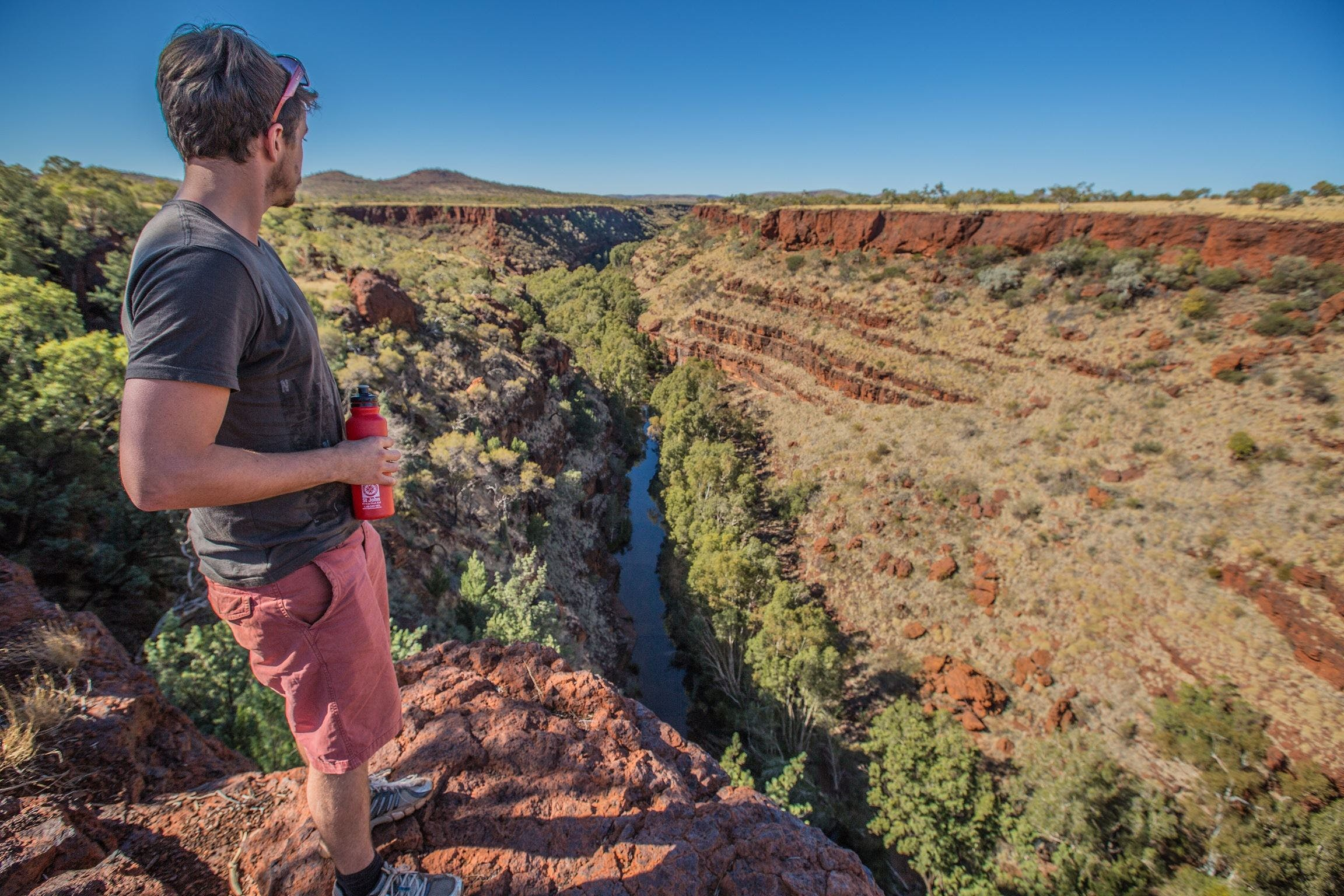 Gorge Rim Walk Dales Gorge - Wagga Wagga Accommodation