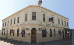 Clare Castle Hotel - Wagga Wagga Accommodation