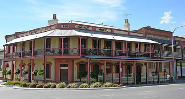 Railway Hotel - Wagga Wagga Accommodation