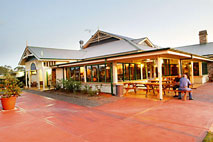 Potters Hotel and Brewery - Wagga Wagga Accommodation