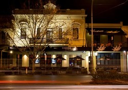 Crown and Sceptre Hotel - Wagga Wagga Accommodation