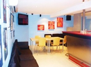 The Alibi Room - Wagga Wagga Accommodation