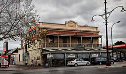 Royal Oak Hotel - Wagga Wagga Accommodation