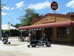 Albion Hotel Swifts Creek - Wagga Wagga Accommodation