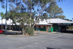Cedars Tavern - Wagga Wagga Accommodation