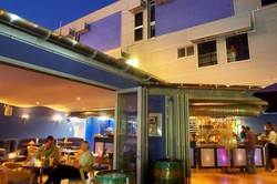 Wisdom Bar  Cafe - Wagga Wagga Accommodation