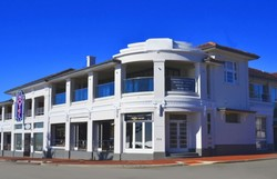 Cottesloe Beach Hotel - Wagga Wagga Accommodation