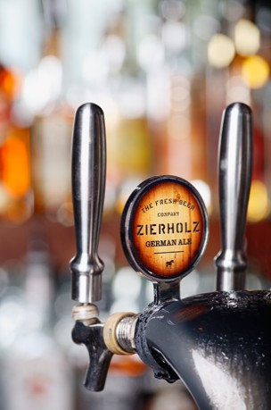Zierholz Premium Brewery - Wagga Wagga Accommodation