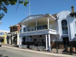 Mount Pleasant Hotel - Wagga Wagga Accommodation