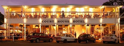 The Courthouse Hotel Port Douglas - Wagga Wagga Accommodation