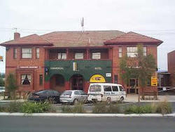 Commercial Hotel Hayfield - Wagga Wagga Accommodation