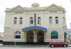 The London Hotel - Wagga Wagga Accommodation