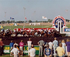 Darwin Turf Club - Wagga Wagga Accommodation