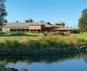 ClubCatalina Country Club - Wagga Wagga Accommodation
