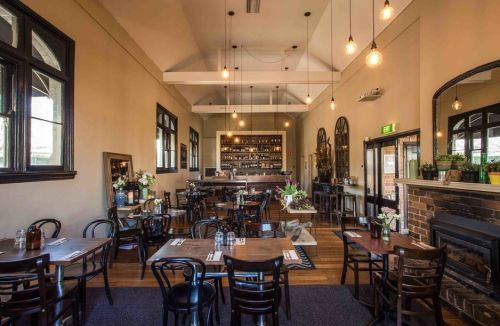 Union Bank Wine Bar - Wagga Wagga Accommodation