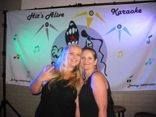 Hits Alive Karaoke amp DJ's - Wagga Wagga Accommodation