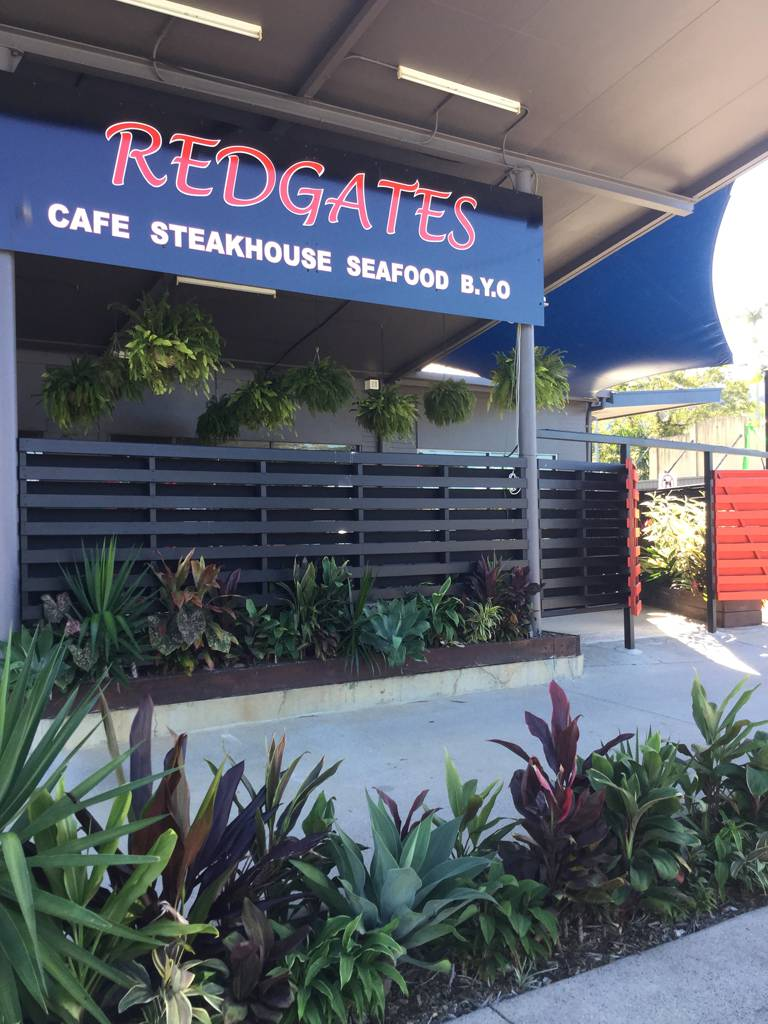 Redgates Caf Steakhouse Seafood - Wagga Wagga Accommodation