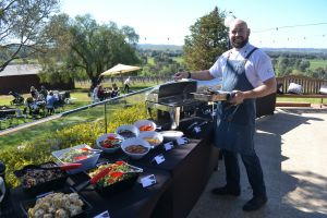 Daddy's Day Out at Borambola Wines by The Roundabout Restaurant - Wagga Wagga Accommodation