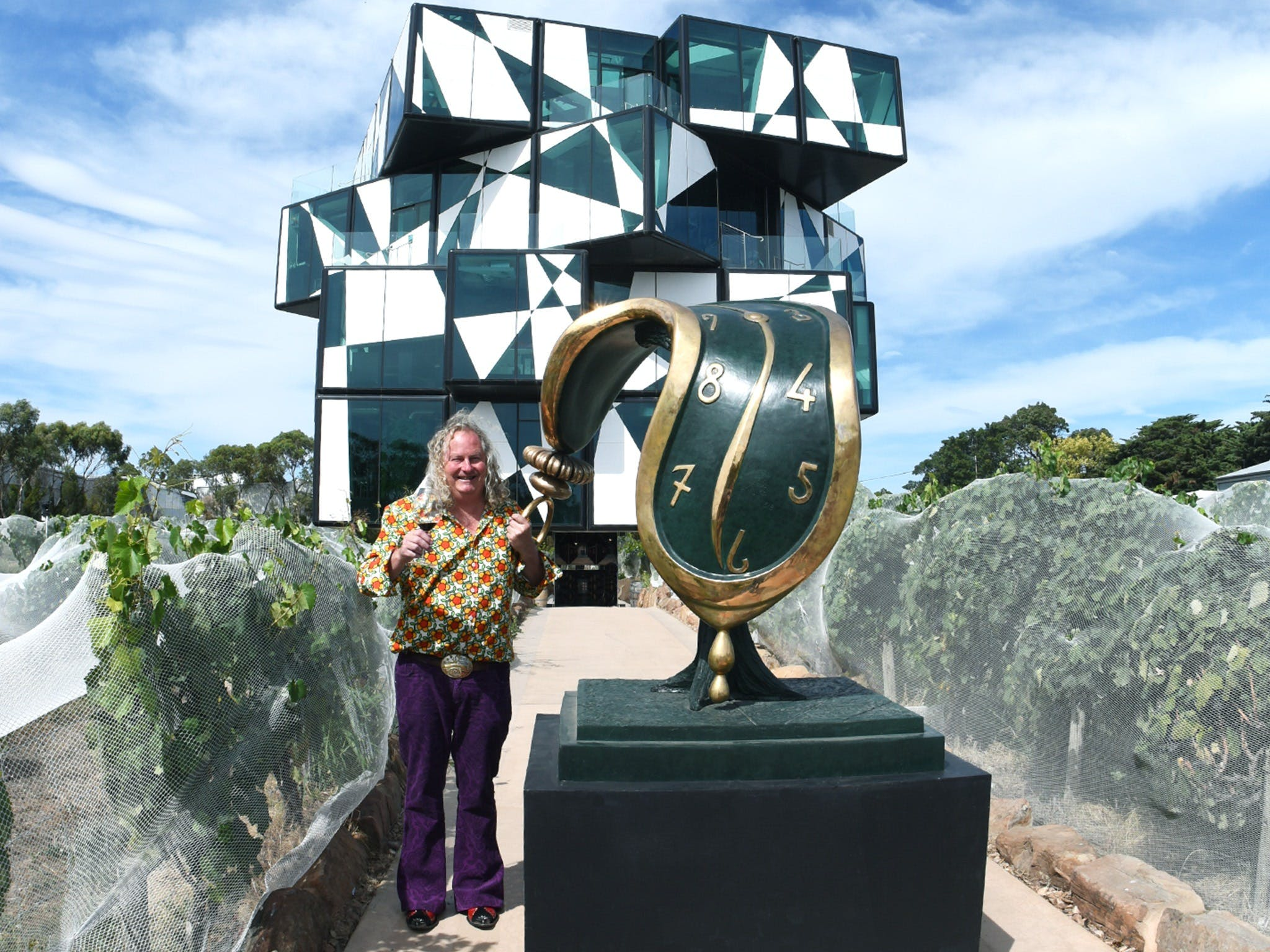 Salvador Dali Sculpture Exhibition - Wagga Wagga Accommodation