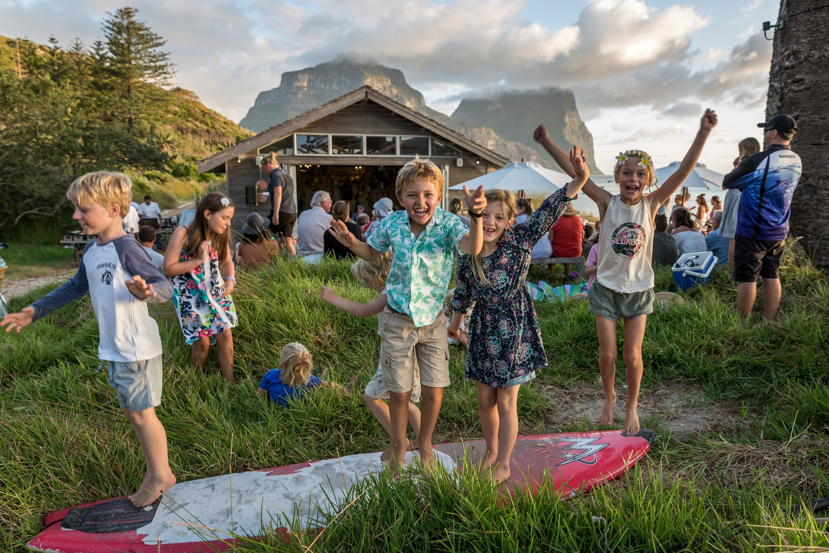 Spring Festival of Lord Howe Island - Wagga Wagga Accommodation