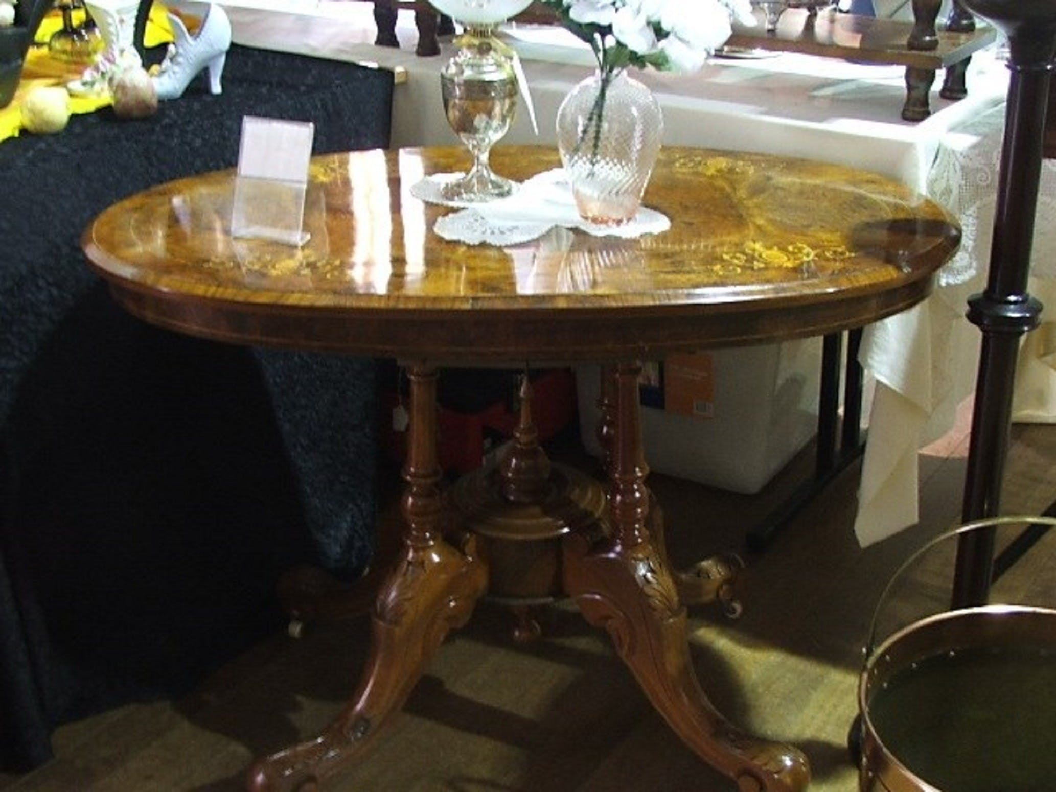 Berry Antiques and Collectables Fair - Wagga Wagga Accommodation