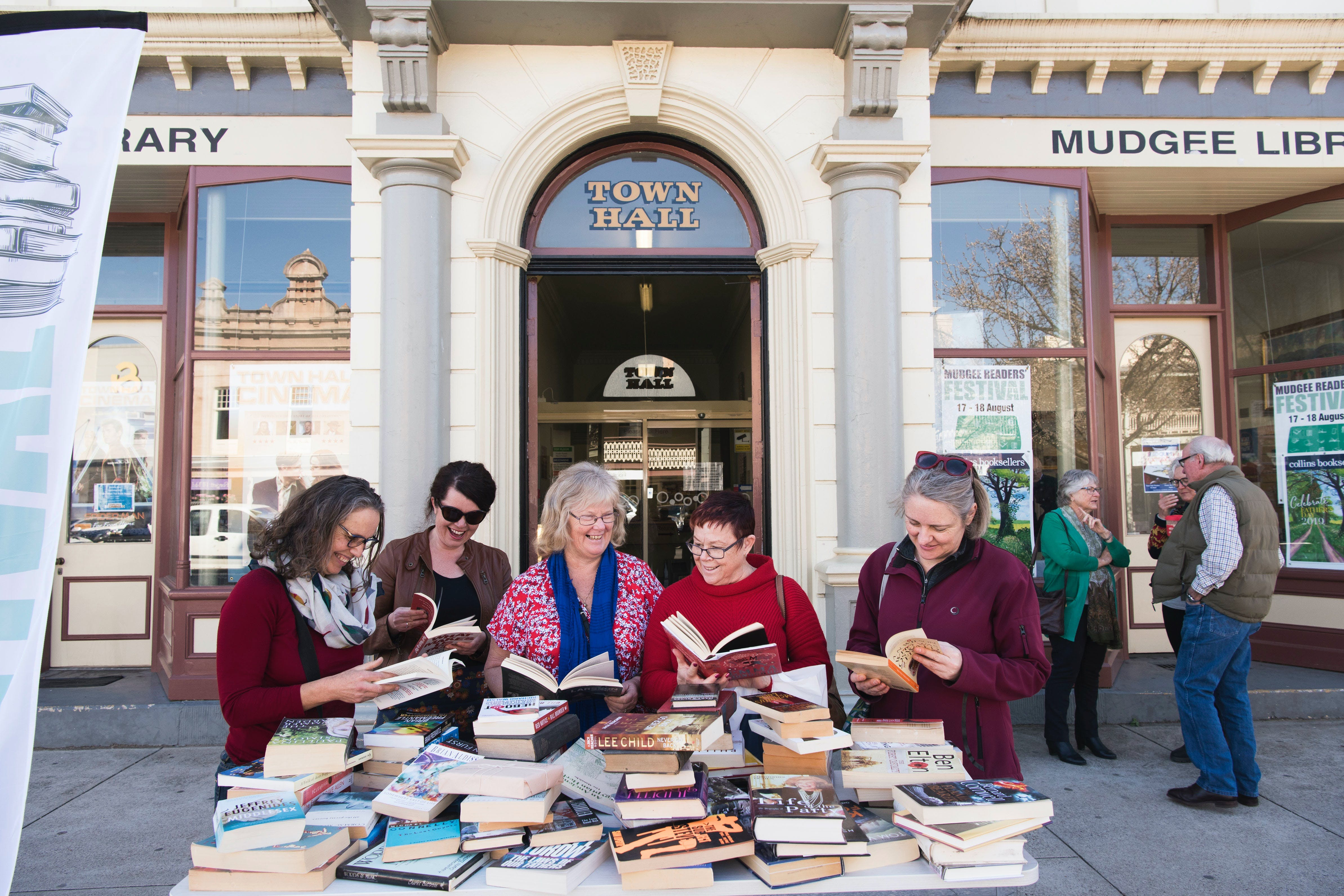 Mudgee Readers' Festival - Wagga Wagga Accommodation