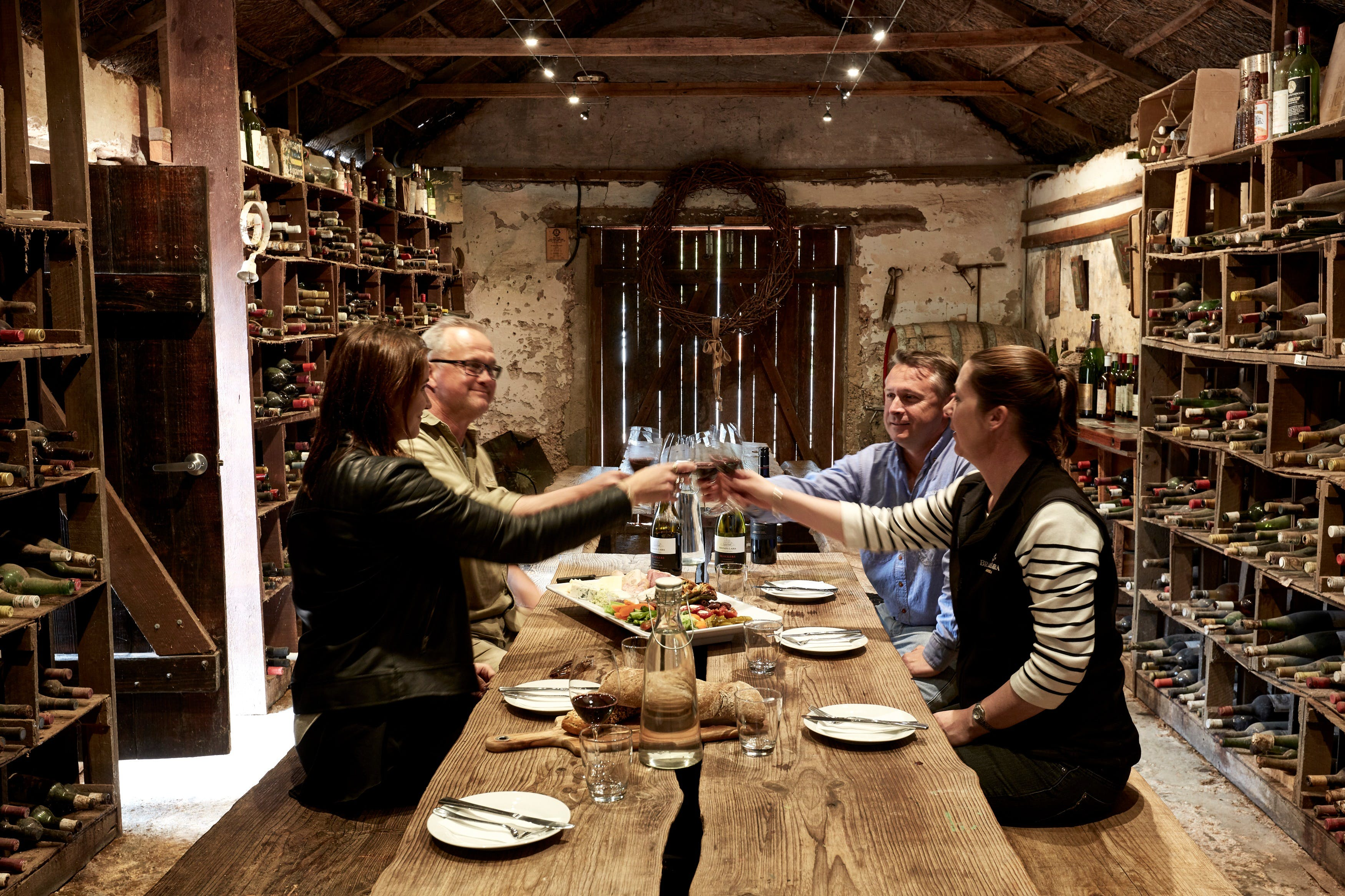 Coonawarra Cellar Dwellers - Wagga Wagga Accommodation