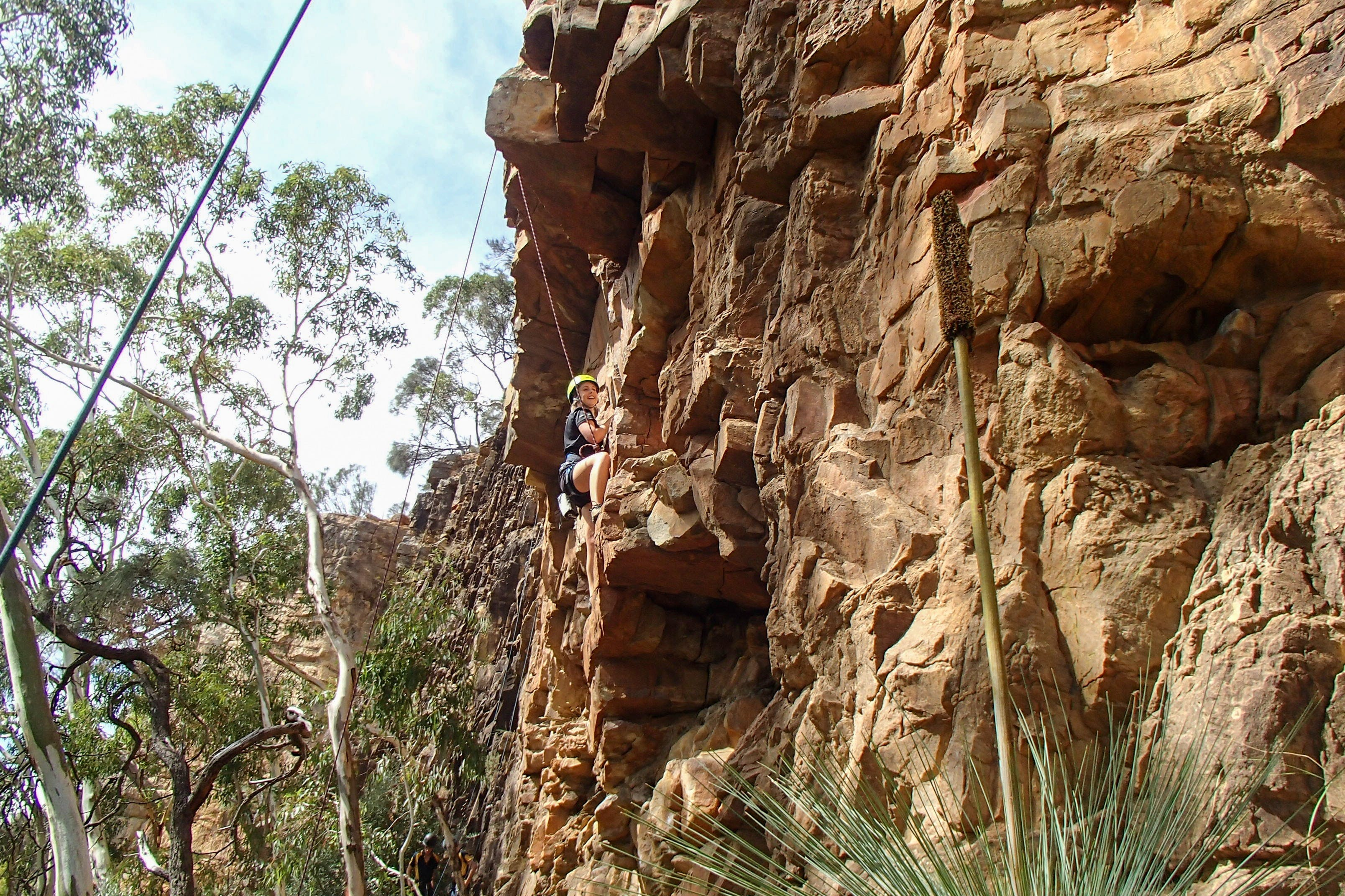 July 2020 Holidays- Explore  Climb - Wagga Wagga Accommodation