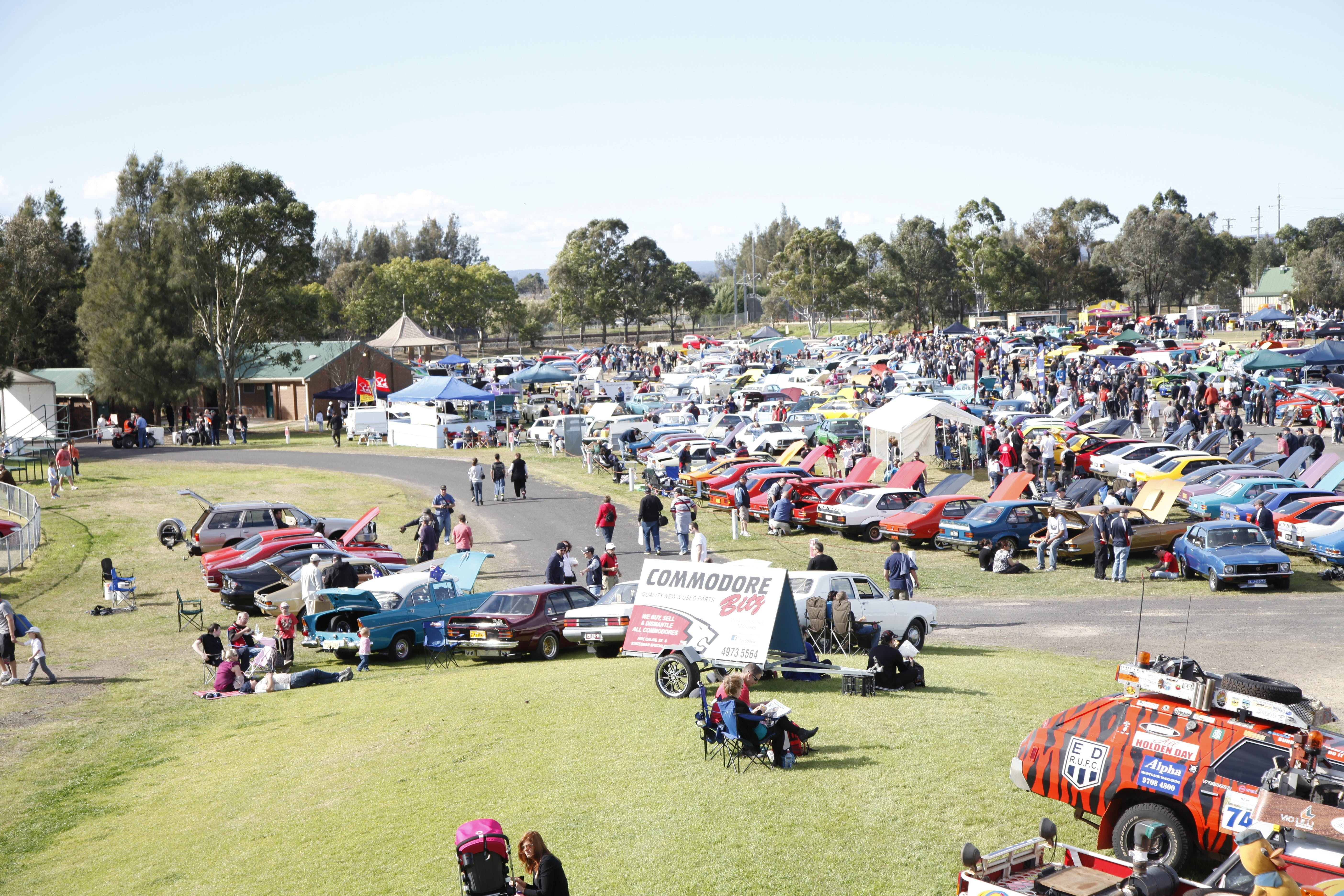 NSW All Holden Display Day - Wagga Wagga Accommodation