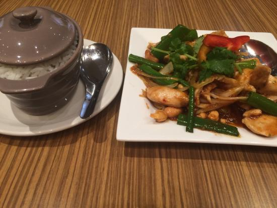 Sattahip Thai Restaurant - Wagga Wagga Accommodation