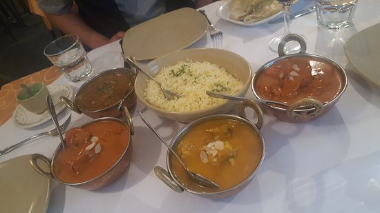 Tandoori  Curry Club - Wagga Wagga Accommodation