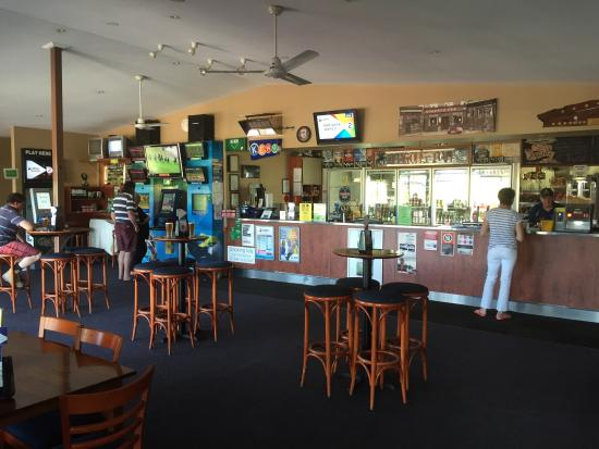 Riverview Tavern - Wagga Wagga Accommodation