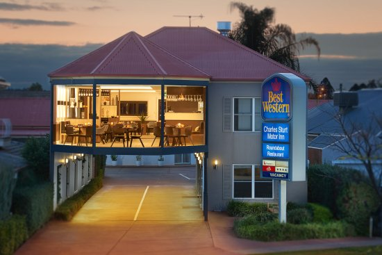 The Roundabout Restaurant - Wagga Wagga Accommodation
