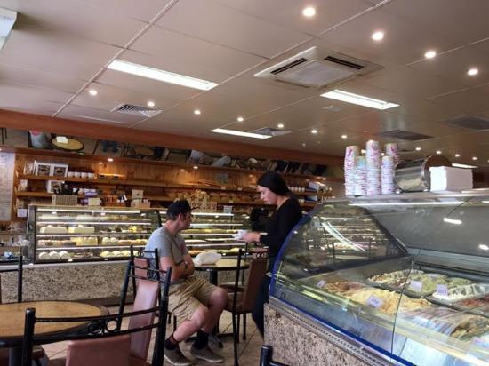 Bertoldo's Bakery - Wagga Wagga Accommodation