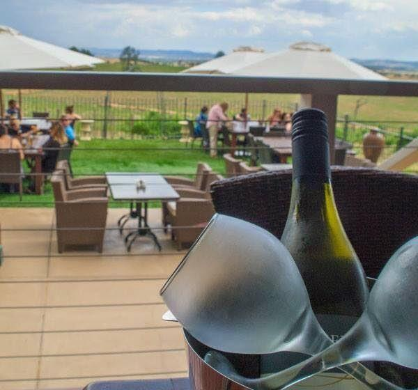 Cottontails Restaurant and Winery - Wagga Wagga Accommodation