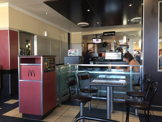 McDonald's - Wagga Wagga Accommodation