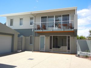 Elandra Holiday Home - Wagga Wagga Accommodation