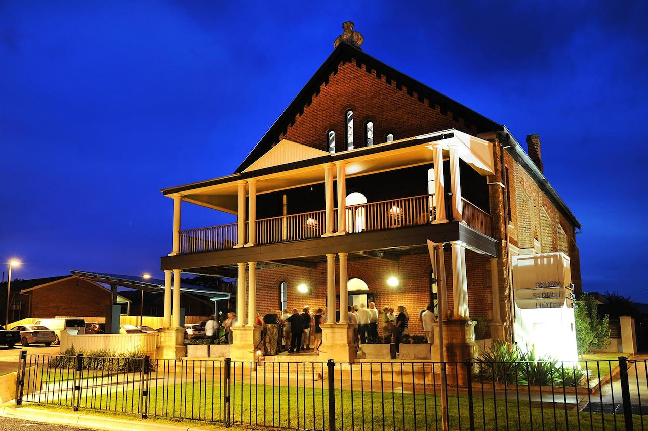 Perry Street Hotel - Wagga Wagga Accommodation