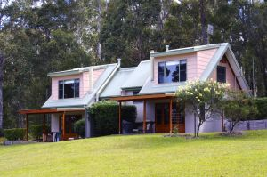 Bawley Bush Retreat and Cottages - Wagga Wagga Accommodation