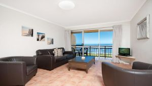10T Beachfront Apartments - Wagga Wagga Accommodation