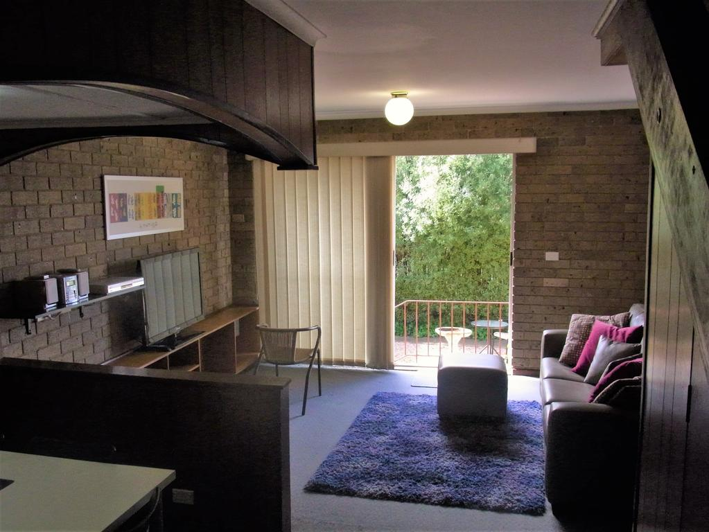 A Furnished Townhouse in Goulburn - Wagga Wagga Accommodation