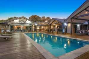 A PERFECT STAY - Lennox Unique Coastal Retreat - Wagga Wagga Accommodation
